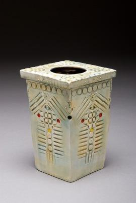 2 Chambered box